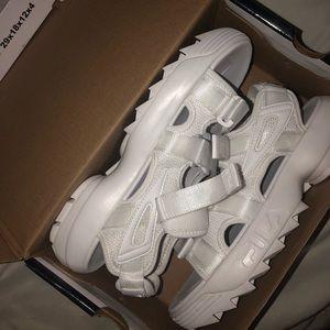 Fila Distributor Sandals : White